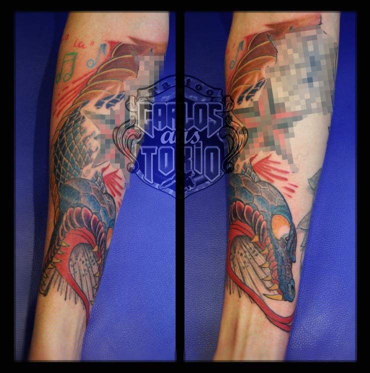 schlange tattoo carlos aus tokio