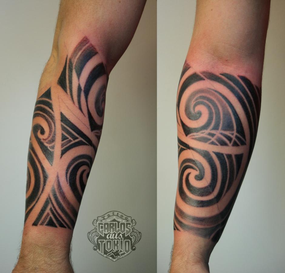 Maori tribal tattoo Carlos aus Tokio