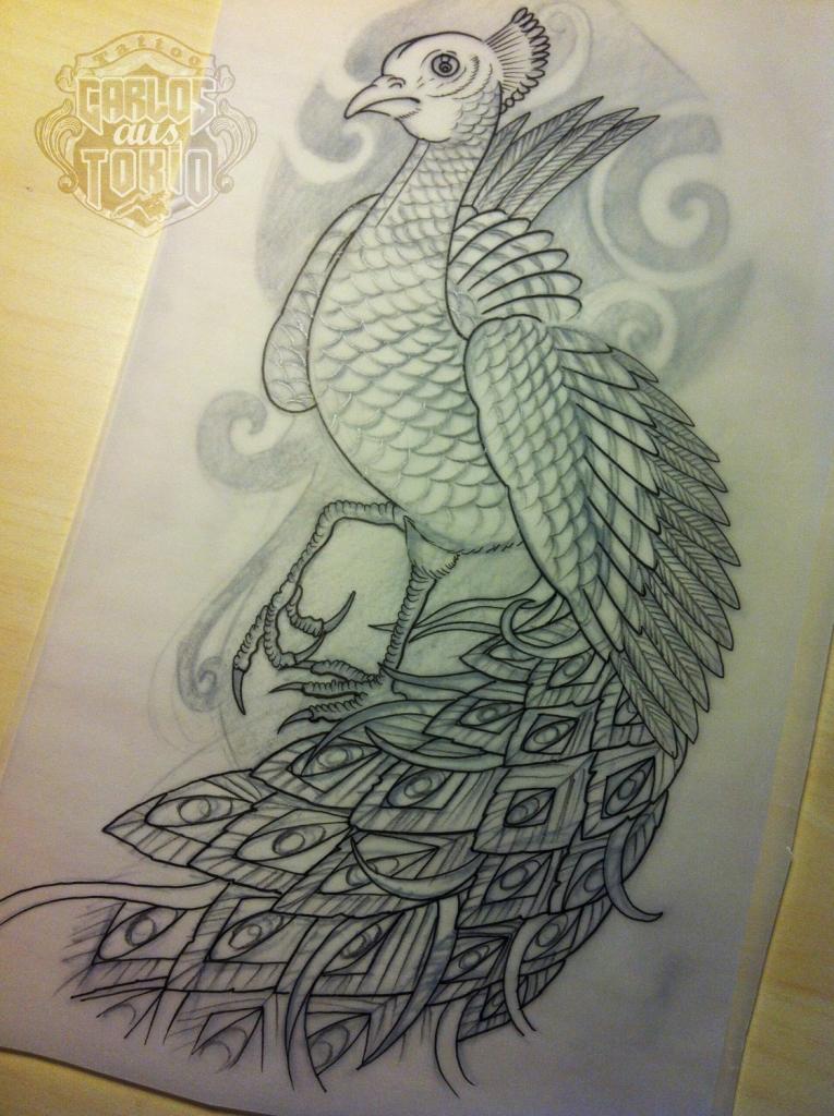 pfau peacock tattoo carlos aus tokio