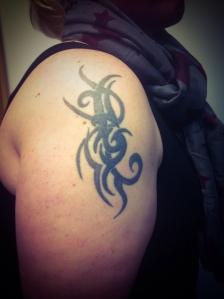 girl tattoo tribal3