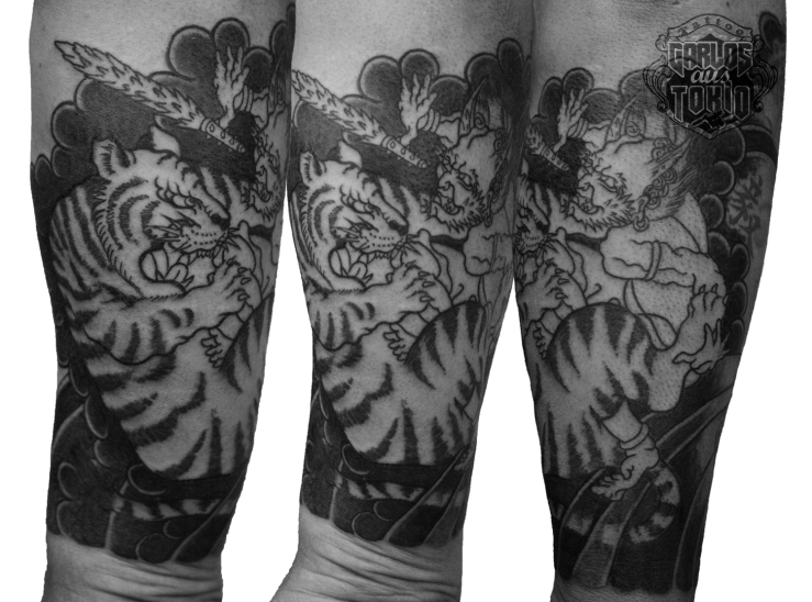 Oni demon and tiger tattoo鬼と虎刺青