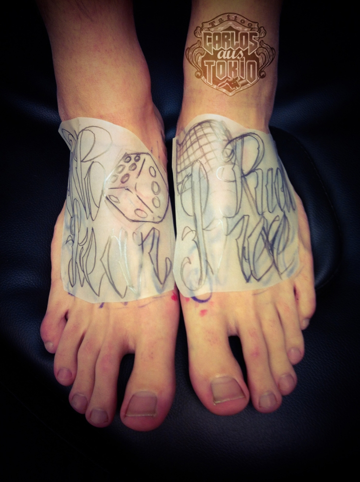 lettering foot tattoo2