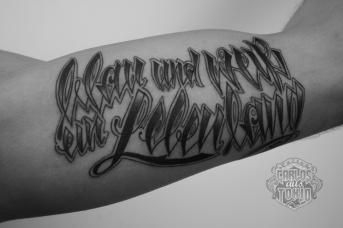 schriftzuge tattoo deutschland31