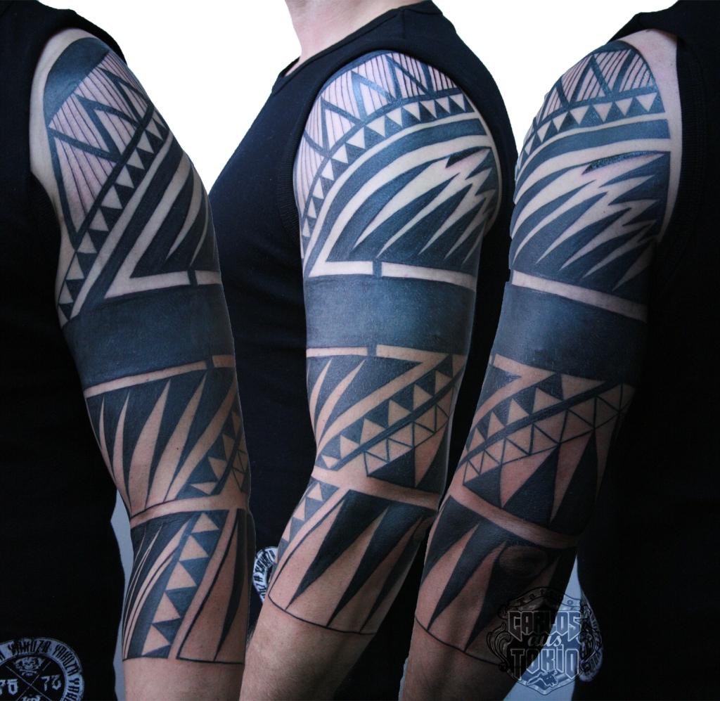 black work tattoo1