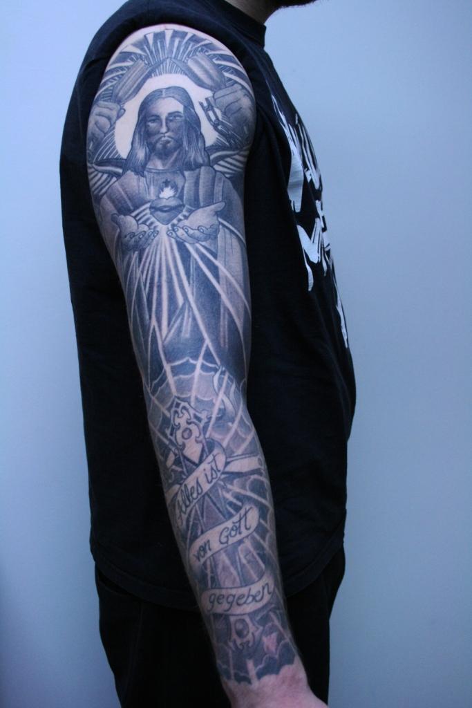 Christus Tattoo Cologne Carlos1