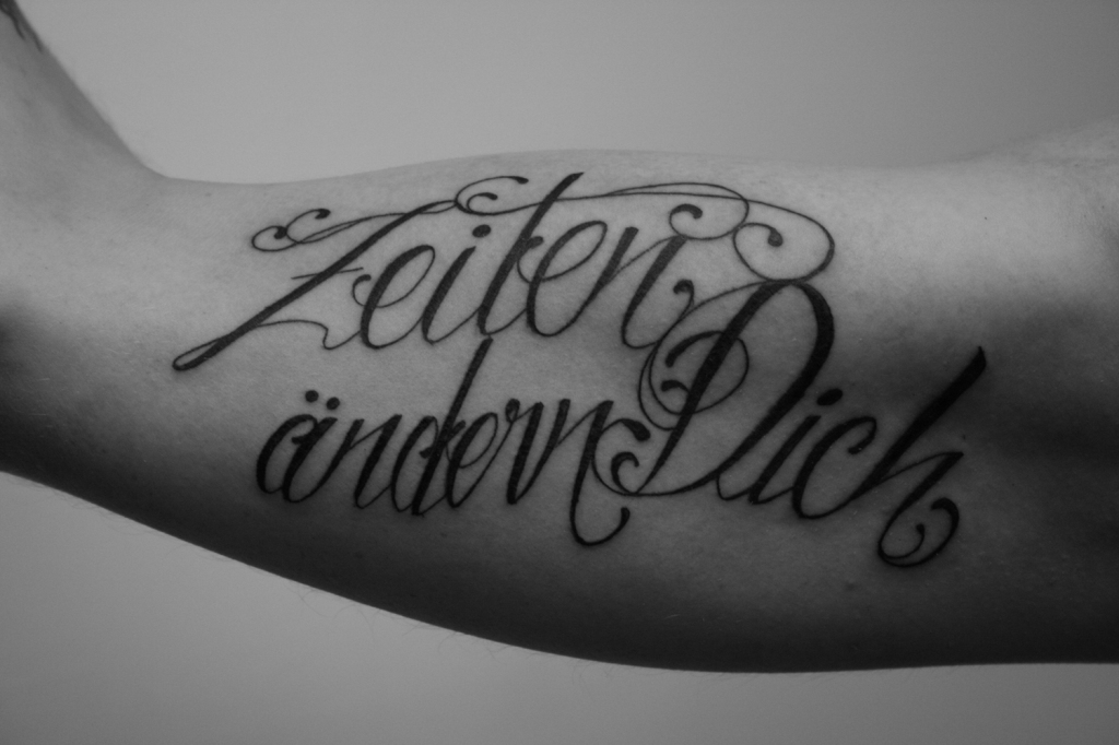 lettering schrift tattoo