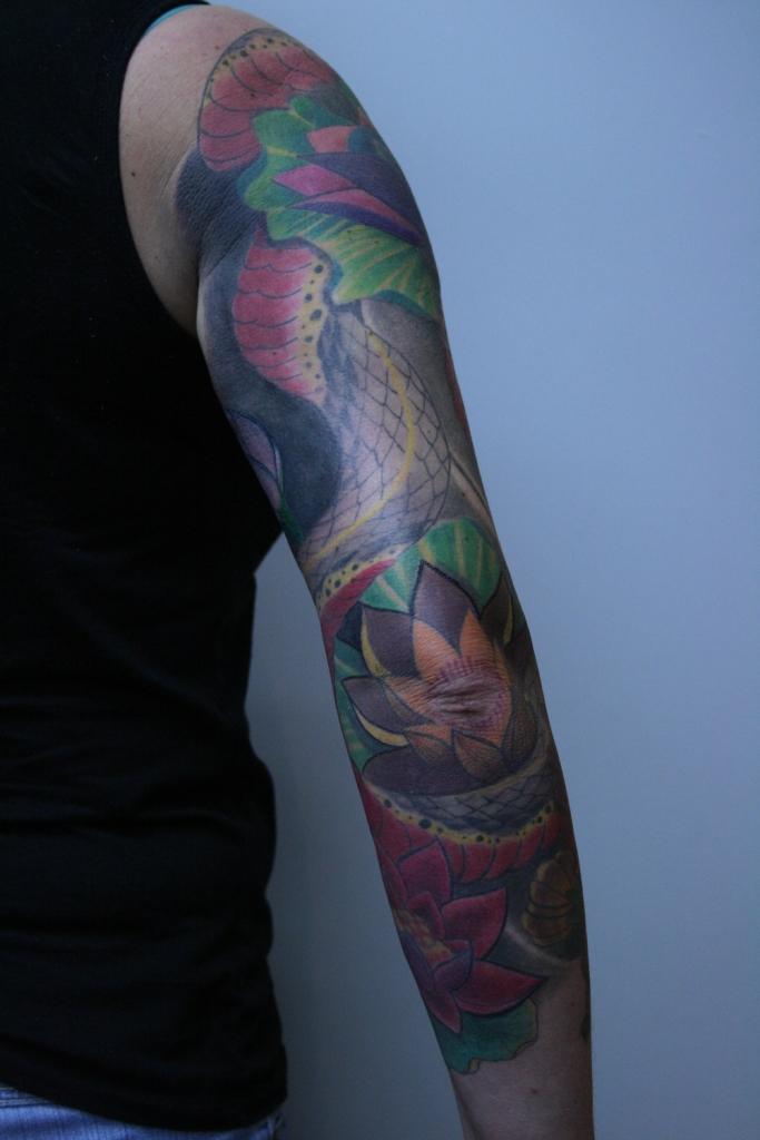 skull flower tattoo3
