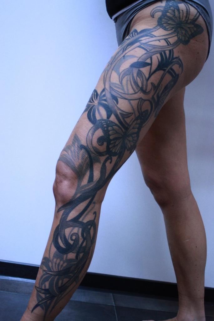 blumen tattoo carlos aus tokio3